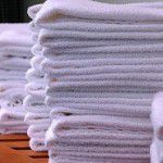 Save Money by Purchasing White Linens and Towels